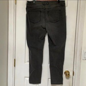 Old Navy Jeans - Old Navy Super Skinny Rockstar Mid-rise Jeans 14